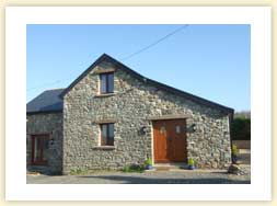 Front view of the holiday cottage